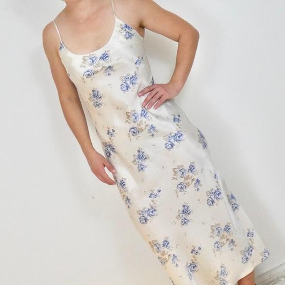 RESERVED VTG Long White Floral Satin Slip Dress S
